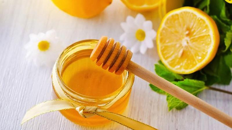 Chanh ấm với mật ong là đồ uống tuyệt vời có nhiều công dụng