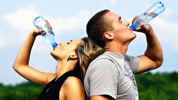 Nước khoáng thiên nhiên mang lại nhiều lợi ích cho cơ thể